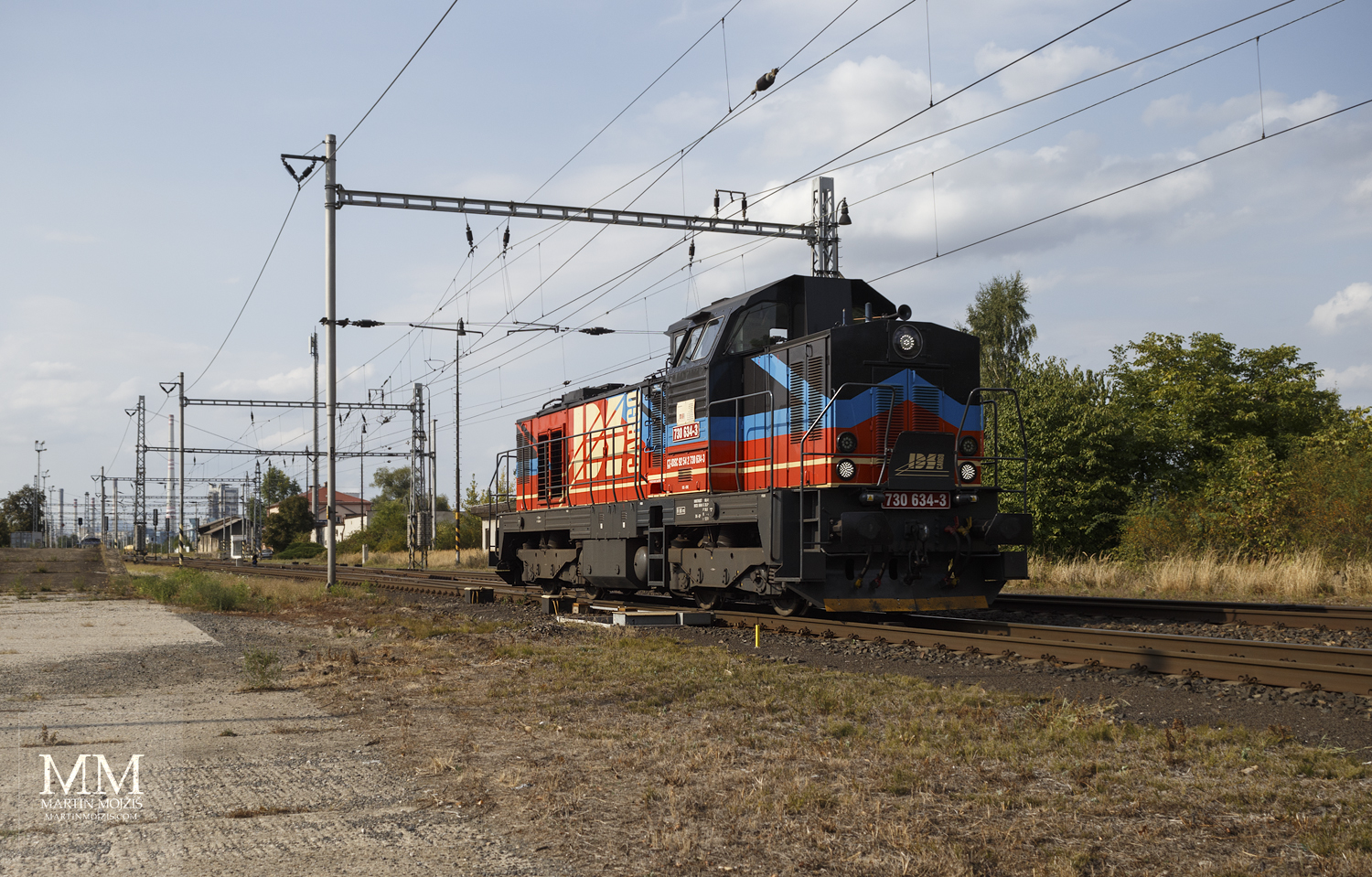 Diesel-electric locomotive 730 634-3 IDS Cargo.
